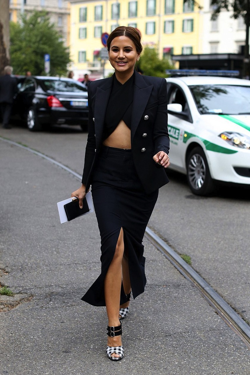 Christine Centenera winter crop top street style